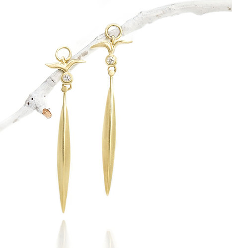 ~fly~ 18kt diamond drops with single beach grass blade