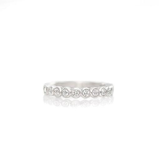 bezel diamond band in platinum
