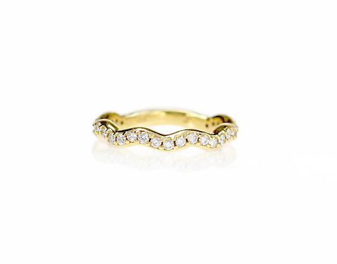 diamond wavy band in 18kt yellow-FOR ORDER