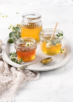 Galinis Bees make honey