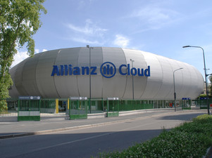 TRA PASSATO E PRESENTE: L'ALLIANZ CLOUD.