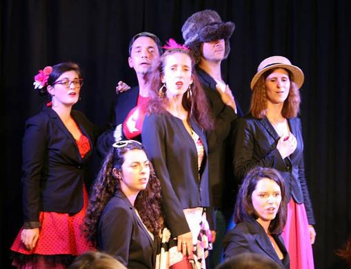 Globe-Chanteurs 1 / L'ATELIER DE LA VOIX
