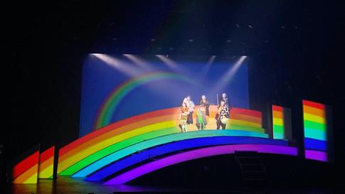 『虹色とうがらし』