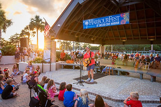 Shannon Tanner performing at HarbourFest on Hilton Head Island