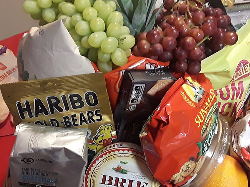 Gourmet Goodies 'n Fruit