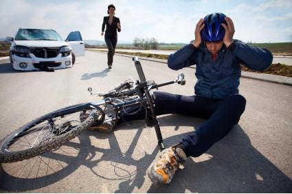 Bateu o carro e machucou alguém? Conheça a cobertura de danos corporais