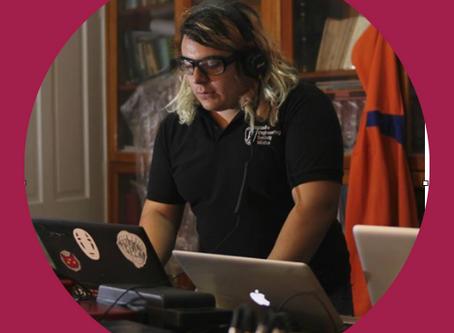 Auxiliar administrativo en contenido digital y redes sociales: Uriel Esquivel