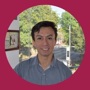 Luis Díaz, director, co-fundador, profesor