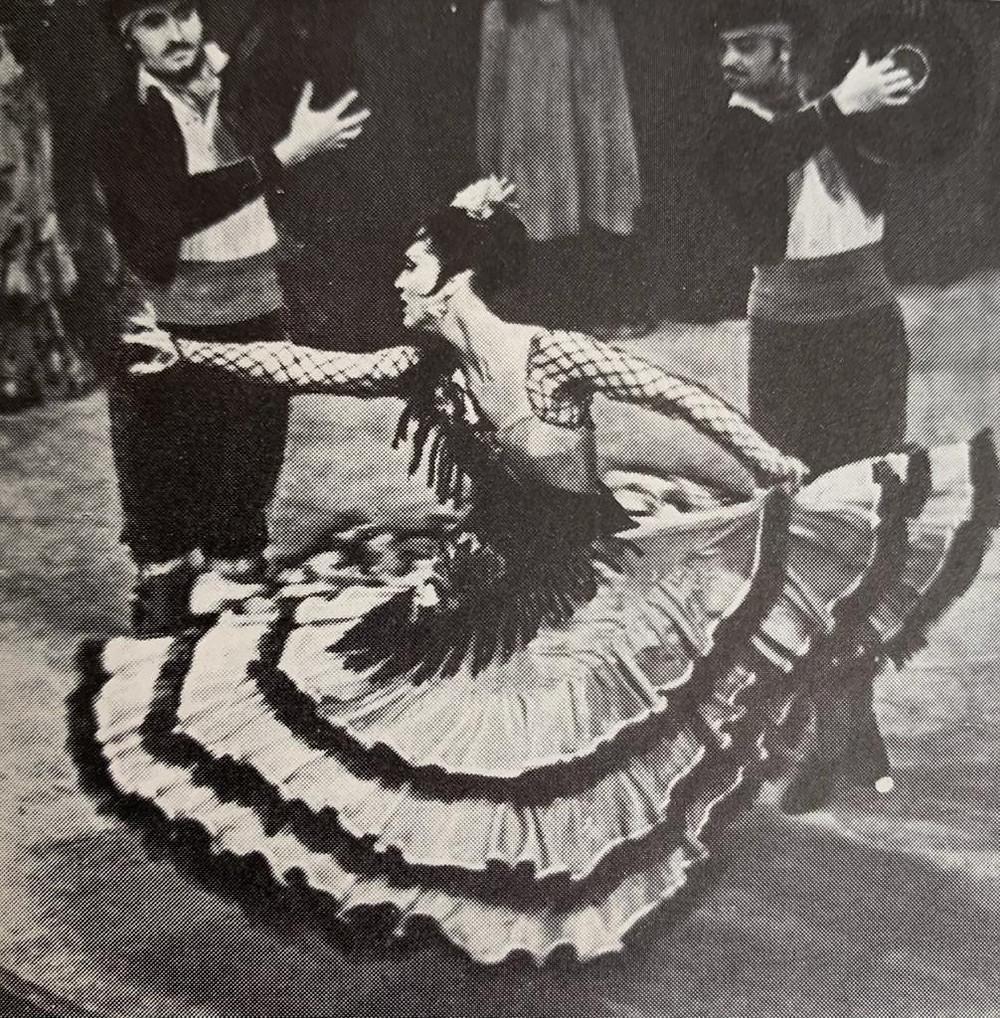 Danza de carácter y ballet clásico
