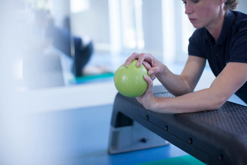 Eccentric Wrist Extension Tennis Elbox