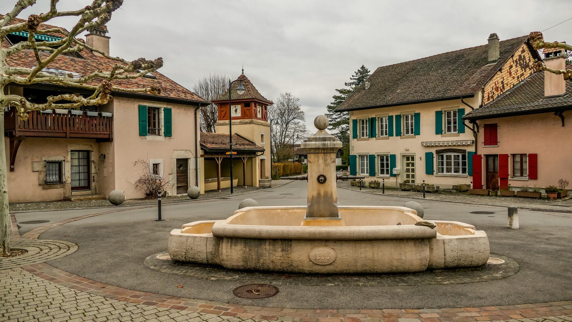 Tannay place du village