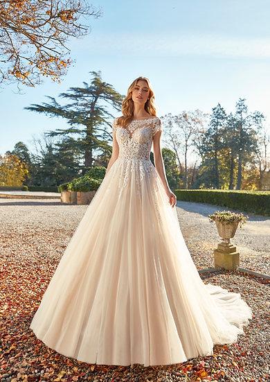 Inspirado nos contos de fadas, esse vestido de noiva princesa tem características delicadas, onde a parte de cima é bem estru