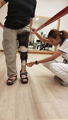 Carbon Fiber KAFO/อุปกรณ์ดามข้อเท้าเเละข