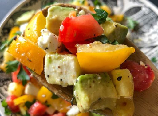TOMATO AVOCADO SALAD WITH MOZZARELLA