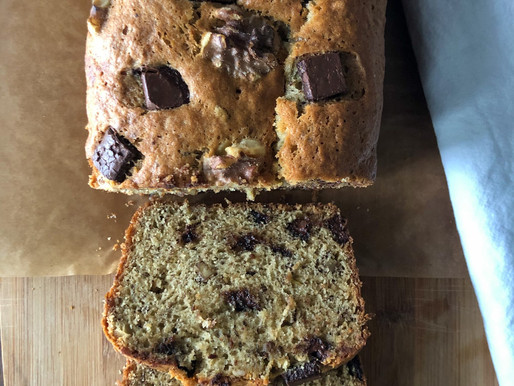 WALNUT CHOCOLATE CHUNK BANANA BREAD