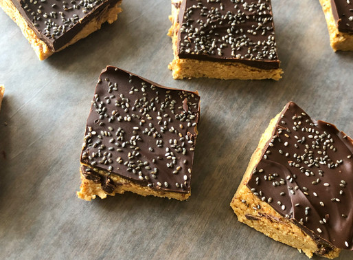 CHOCOLATE PEANUT BUTTER PROTEIN BARS WITH CHIA