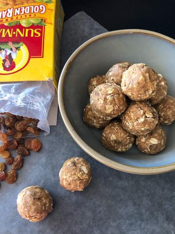 oatmeal raisin cookie protein balls.jpg