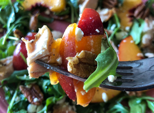 NECTARINE, CHICKEN & PECAN SALAD WITH MAPLE-DIJON VINAIGRETTE