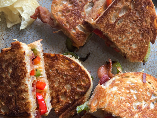 BACON BELL PEPPER MELT WITH MIXED CHEESES