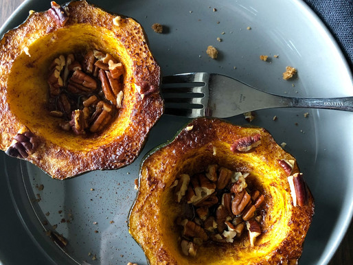 CINNAMON ROASTED ACORN SQUASH WITH PECANS