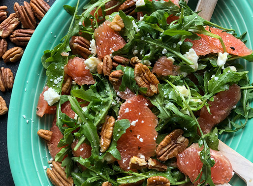 GRAPEFRUIT & ARUGULA SALAD WITH HONEY VINAIGRETTE