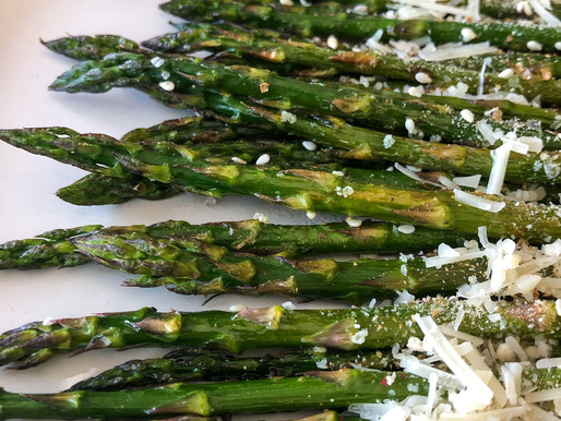 ROASTED ASPARAGUS W/ BREADCRUMBS AND PECORINO