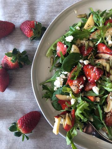 appleberry chia salad.jpg