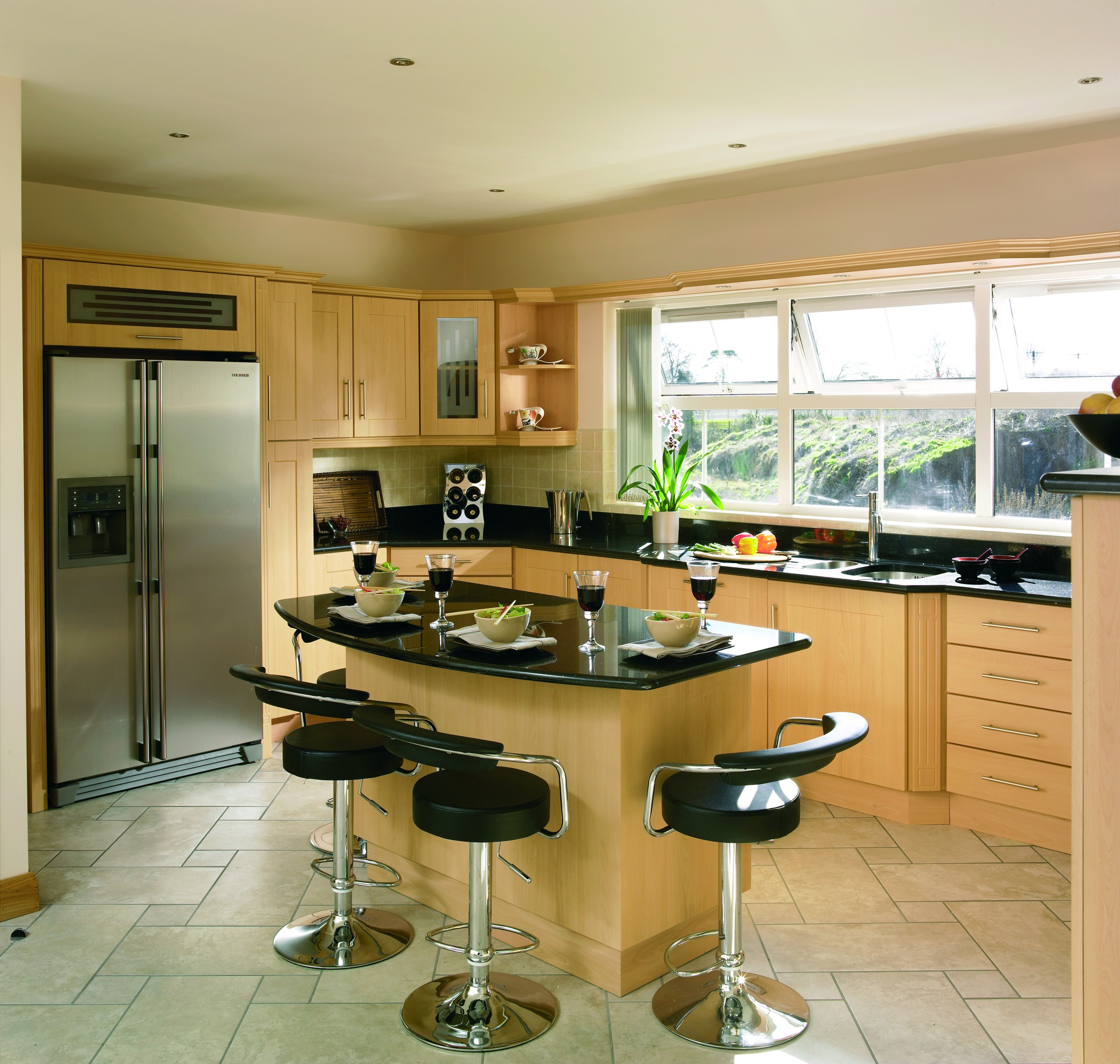 KITCHENS BY LEGACY