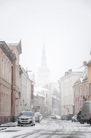 Artėja šlapdriba ir pirmasis sniegas: nuo kelio nuslysti yra ypač lengva