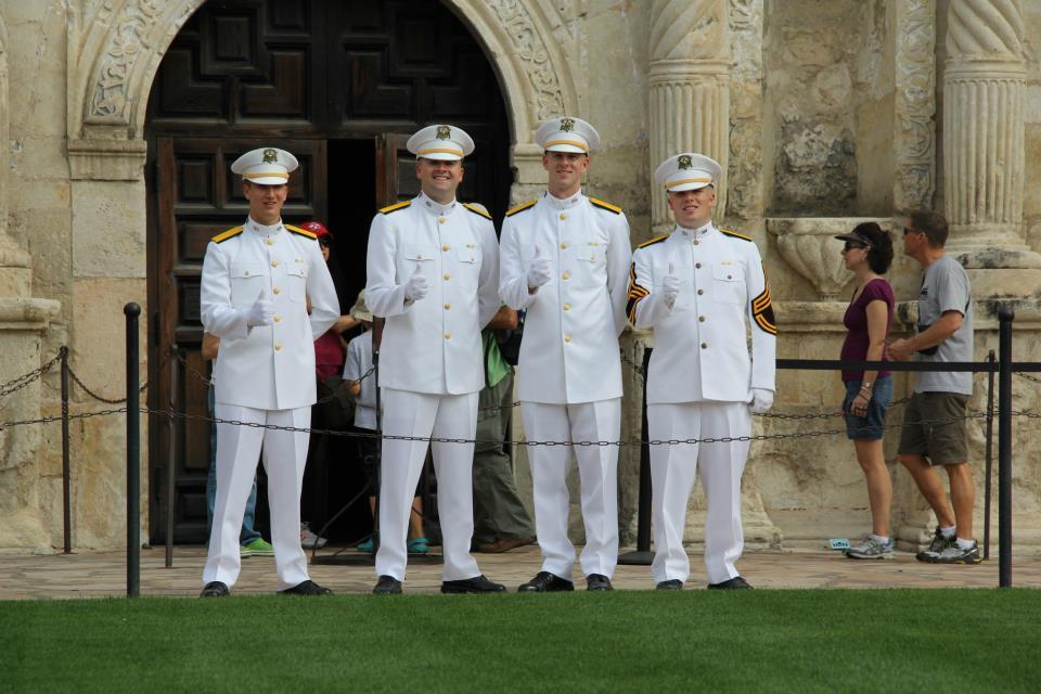 Ross Volunteers in front of Alamo