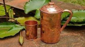 Armazenar água potável em potes de cobre mata bactérias diarreiogênicas contaminantes