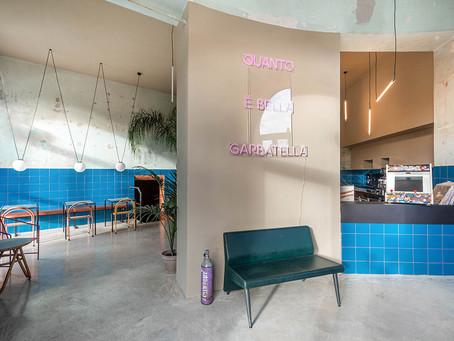 Padaria abandonada é transformada em restaurante colorido em Roma.