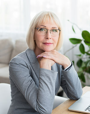 woman investor.jpg