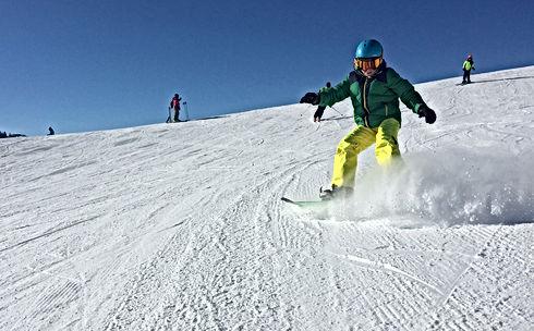 Wintersport-in-Ellmau.jpg