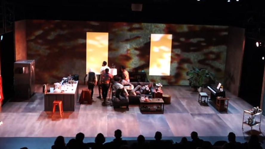 projection-designer-theatre_Locusts