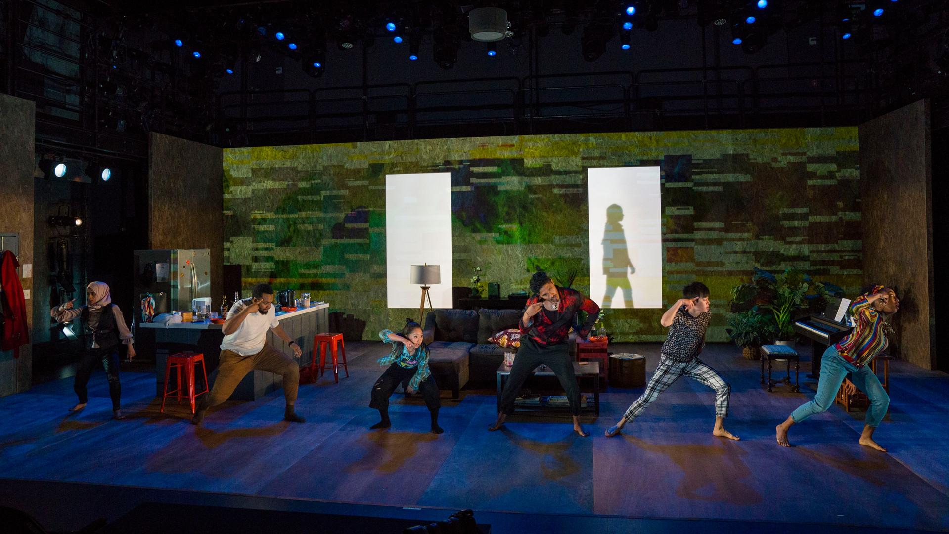 projection-designer-theatre_Locusts_LOCUSTS533.jpg