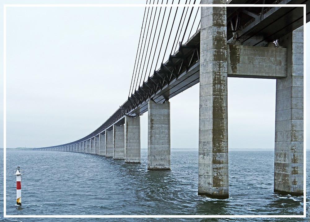 Öresund Bridge: Photo by hpgruesen