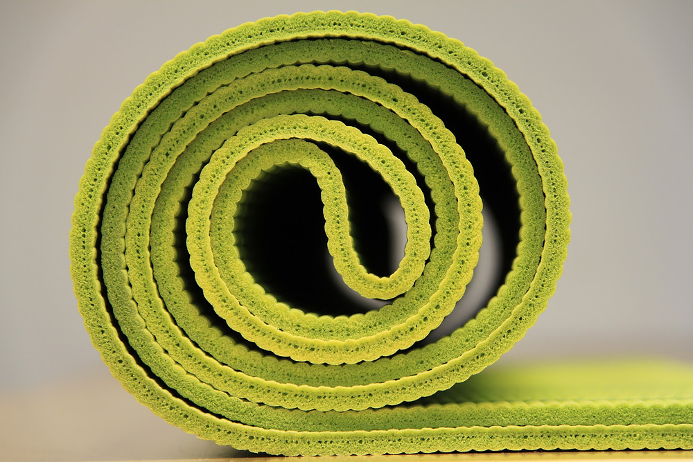 """Photo of yoga mat by Werner Moser """"pixelcreatures"""" on Pixabay.com"""