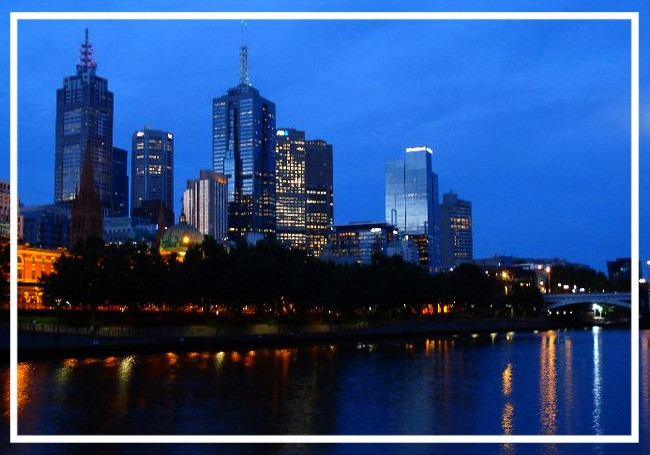 Melbourne by night: reflections in the River Yarra