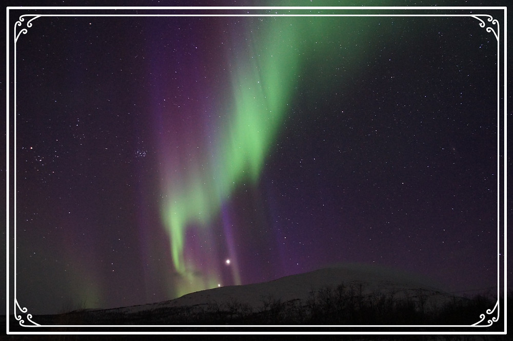 Photo of the Northern Lights by Martin Str on Pixabay
