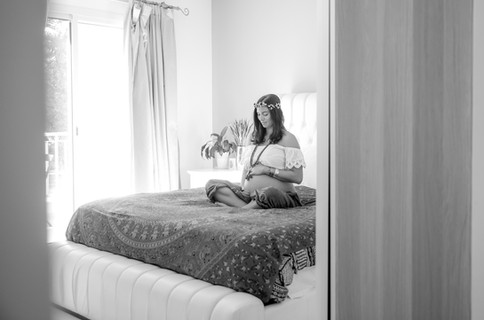 Dubai Maternity photographer