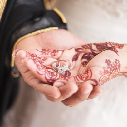 emirati bride and groom