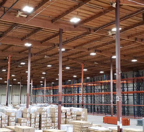 US LED ExsaBayXLE High Bay 06.jpg