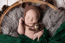Newborn Photographer Makeup Artist