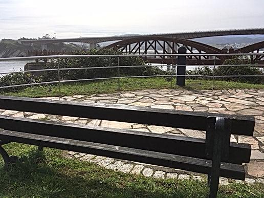 Cargadero Ribadeo y puente sobre ría