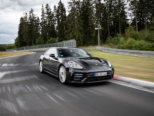 New Panamera achieves lap record on the Nürburgring Nordschleife!