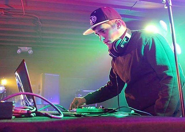 Peoria EDM artist Allryze