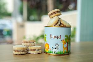 7 latas com biscoitos recheados (3).jpg