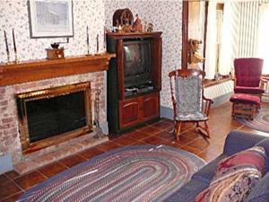 Brumback fireplace