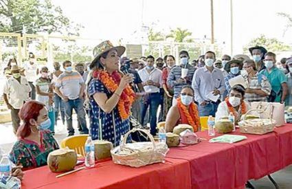 Visita Evelyn Salgado municipios de nueva creación